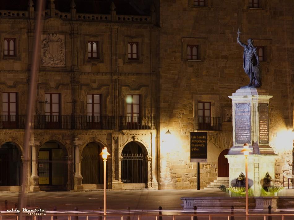 Don Pelayo y el Palacio de Revillagigedo - Gijón